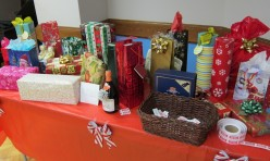 "<p style=""text-align: center;"">Our Raffle Prizes generously donated by members and guests</p>"