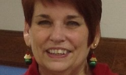 """<p style=""""text-align: center;"""">Bonnie-Our Holiday Party Emcee</p>"""